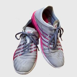 Nike Free Trainer TR 6 Grey Pink Training Shoes